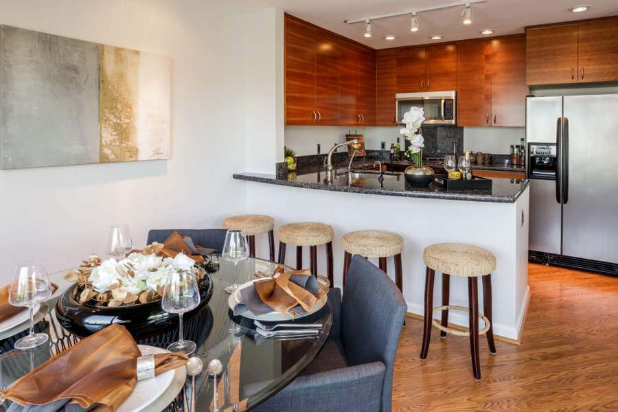 08-100-Lucky-Dr-107-dining-kitchen-mls
