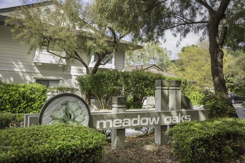 Entry to Meadow Oaks