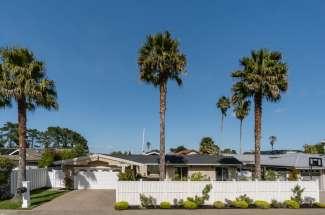 Single Level Tiburon Waterfront Home