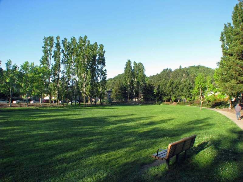 Meadowcreek Park 042016 red