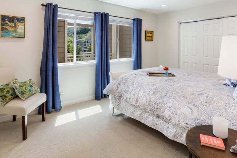 23-Creekside-bedroom2