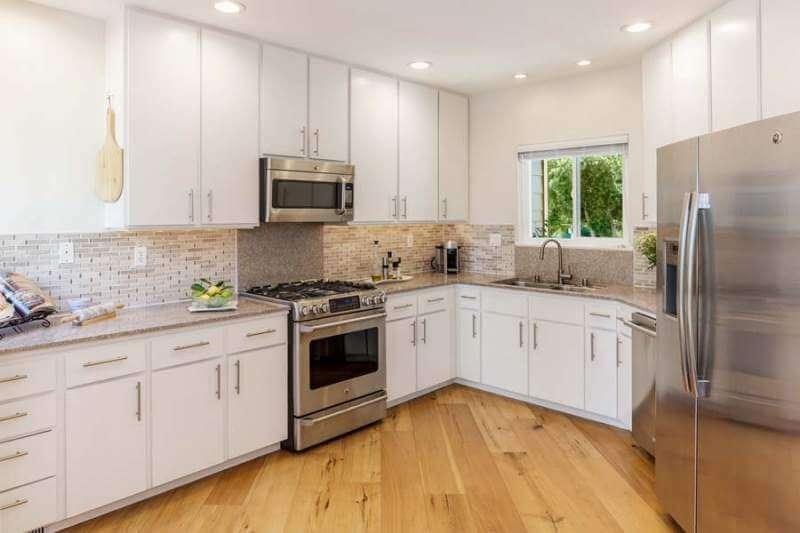 23-Creekside-kitchen-3