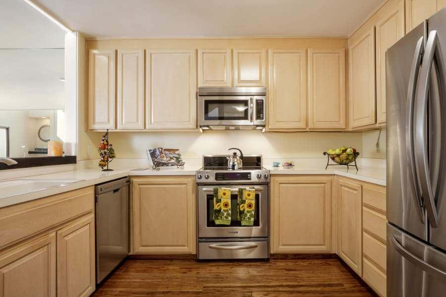 07-23-Sulgrave-kitchen-mls