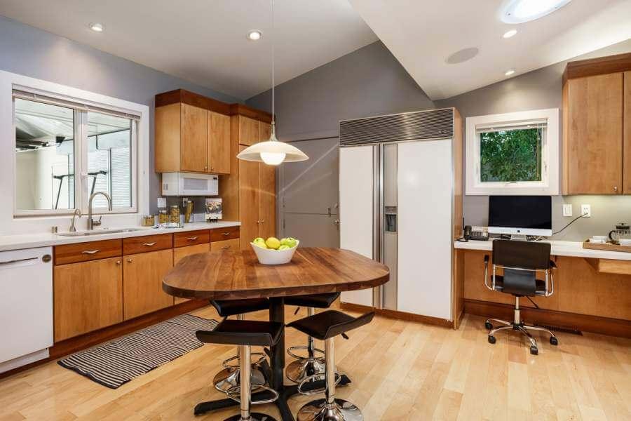 16-420-Oakdale-kitchen-mls