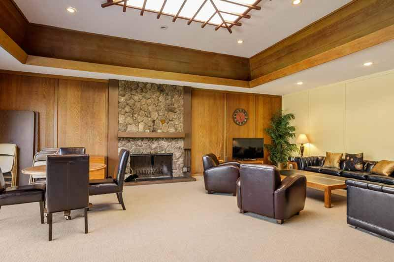 Club house at the Knolls