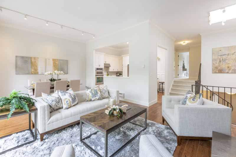 Kitchen and Living are a, 8 Greenside Way