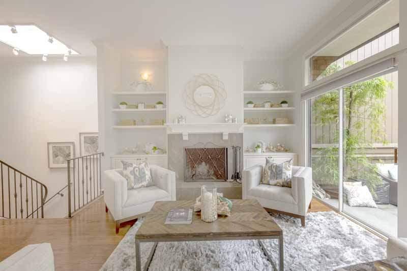 Living room,  8 Greenside Way