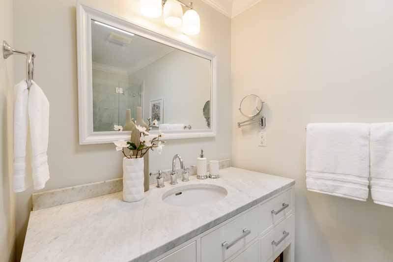 Bathroom 2,  8 Greenside Way