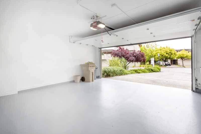 Two-car garage, 8 Greenside Way