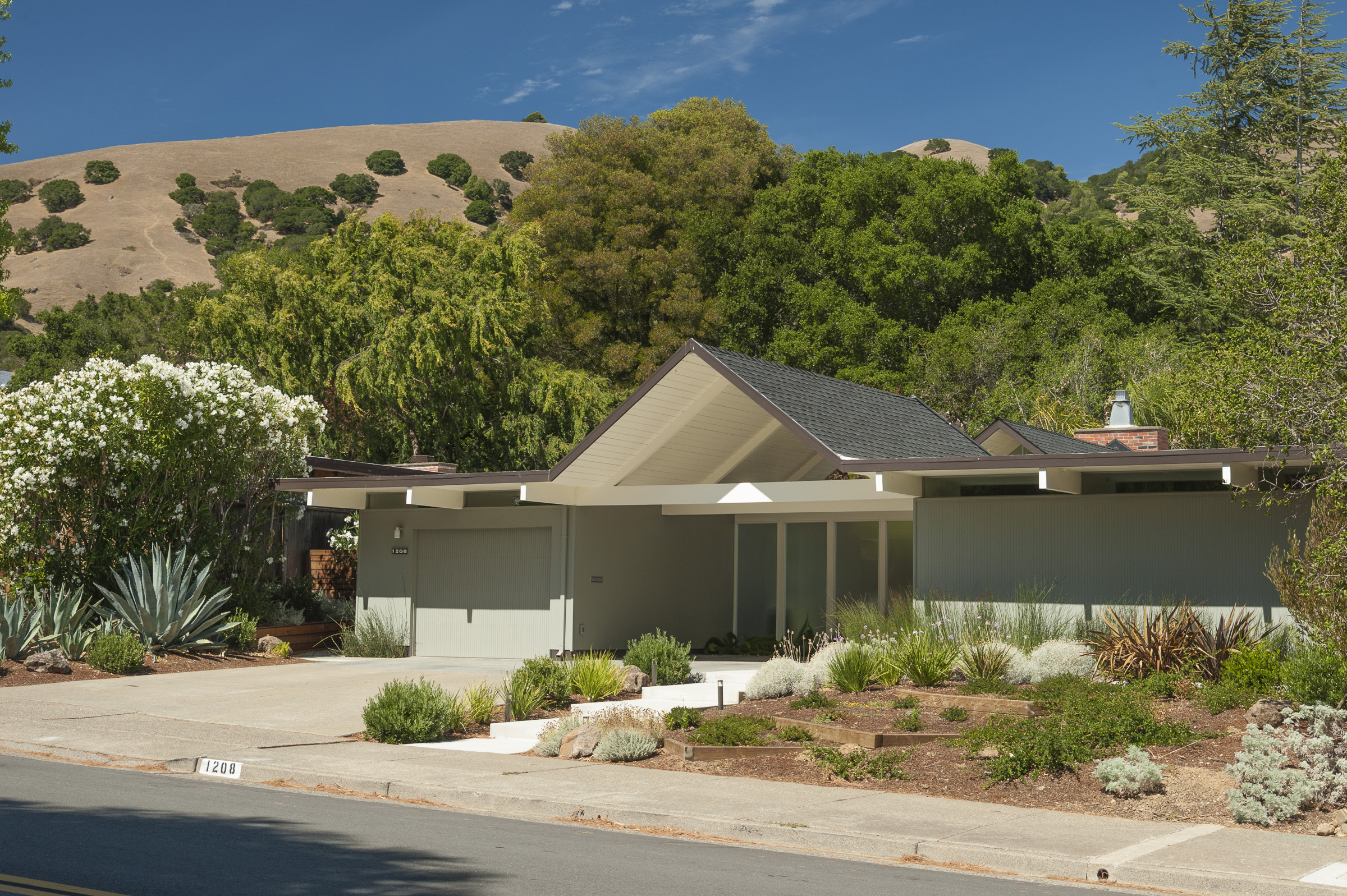 Why Do Eichler Homes Sell So Well In Marin Ca Real